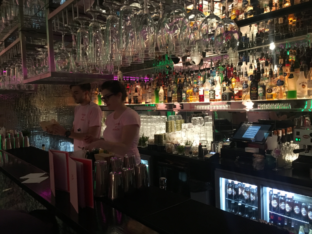 Tonight, Josephine bar
